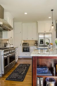 Contrasting Kitchen Island Renovation Richmond