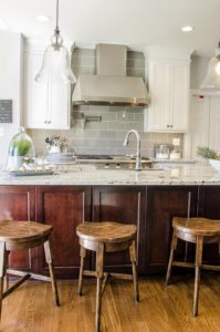 Contrasting Kitchen Island Renovation