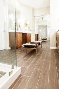 wood look bathroom tile